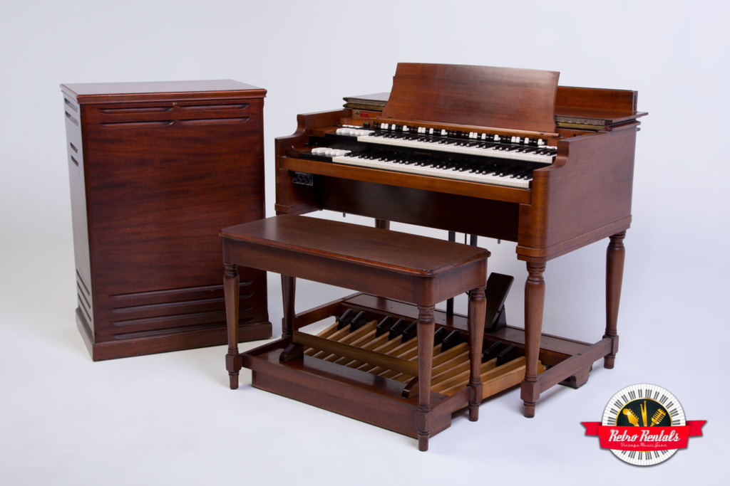 Hammond-B-3-organ-Leslie-122-147-2